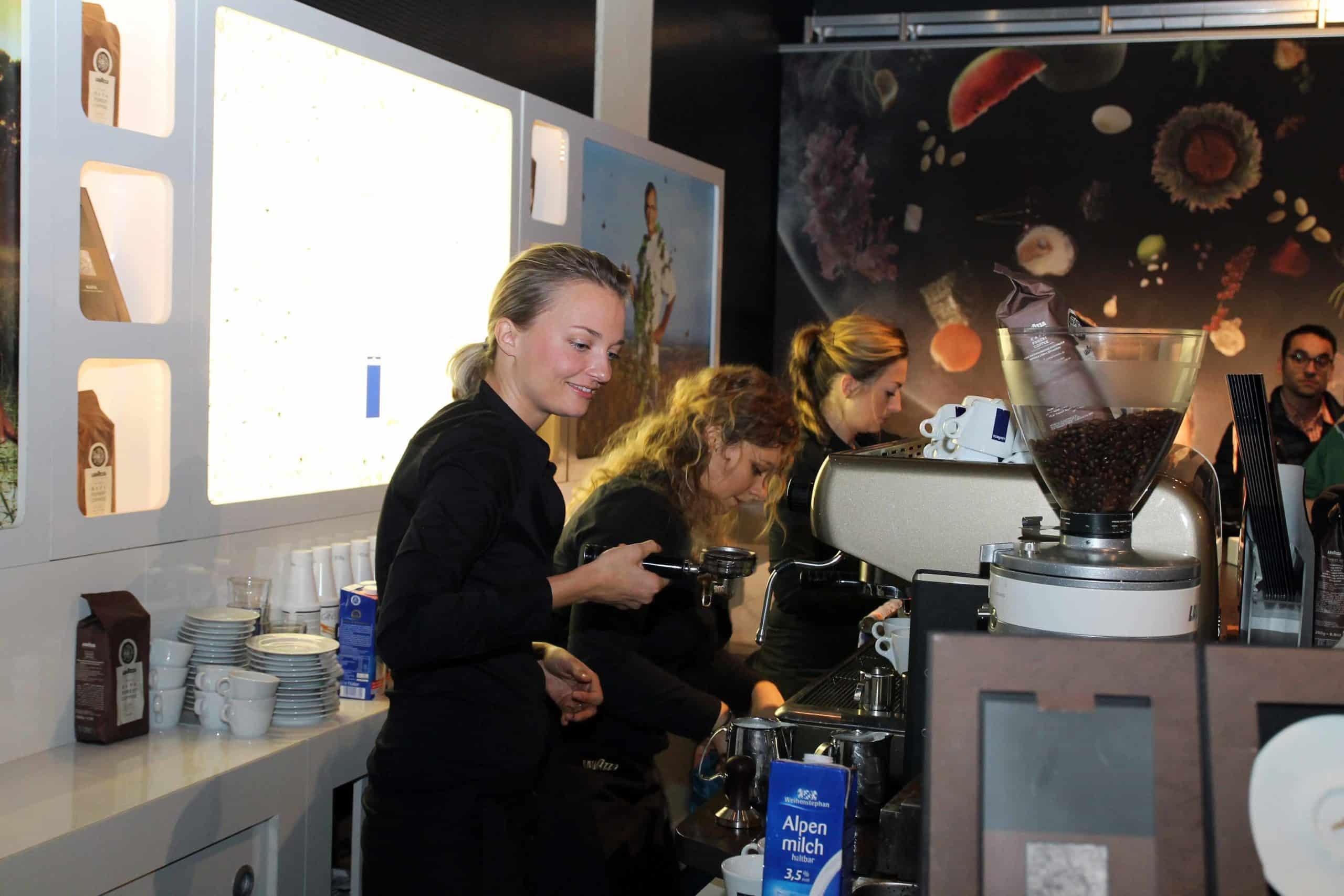 LAVAZZA MACHT SEINEN KAFFEE ZUR CHEF-SACHE