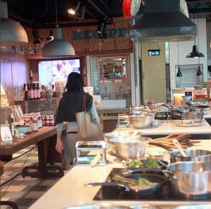 Hybridfood gibt auch in den neuen Concept-Stores