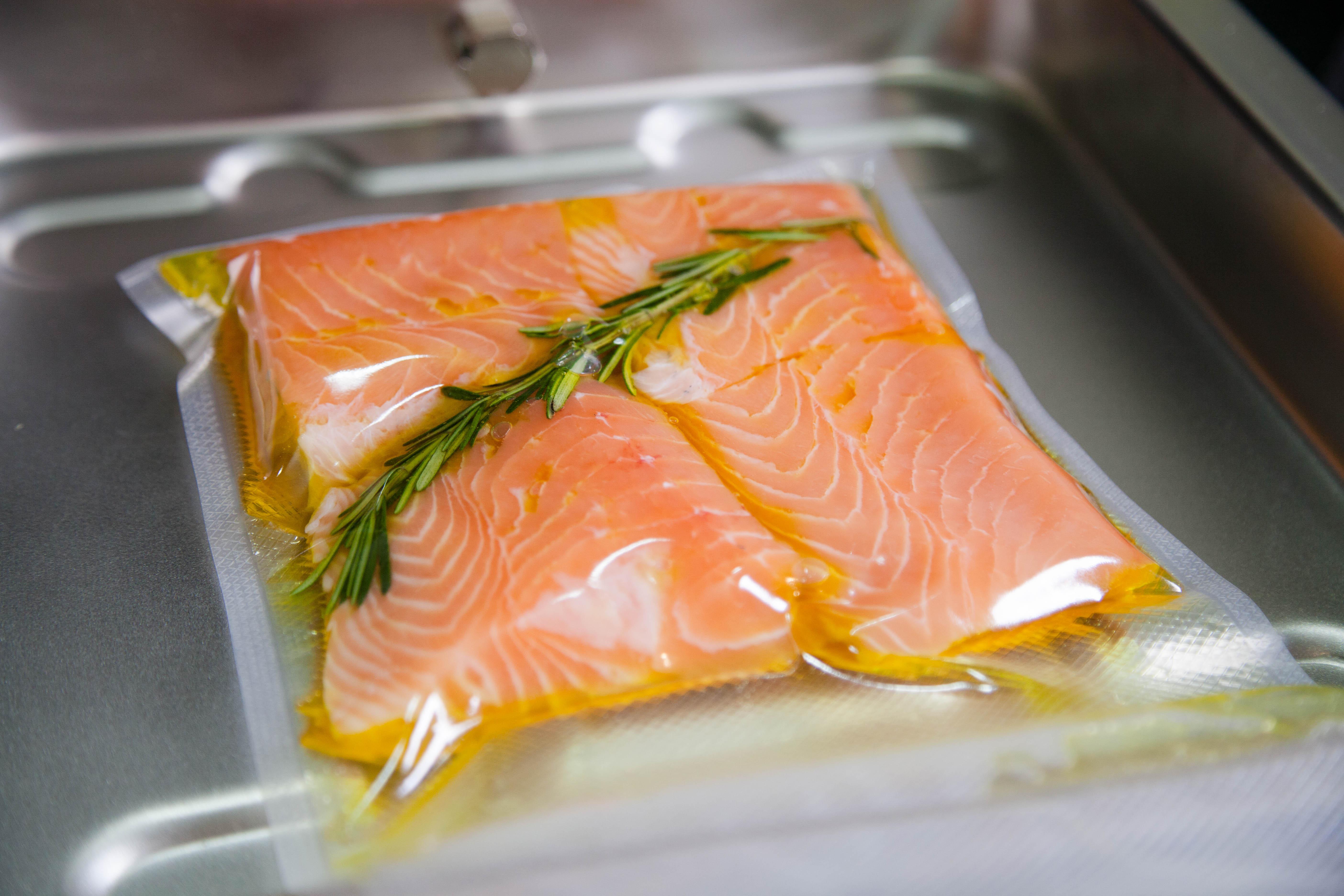 Saro Gastro-Products - Sous-Vide Garen - Platz ist in der kleinsten Küche