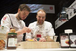 Koch des Jahres Gewinner Jan Pettke in Aktion