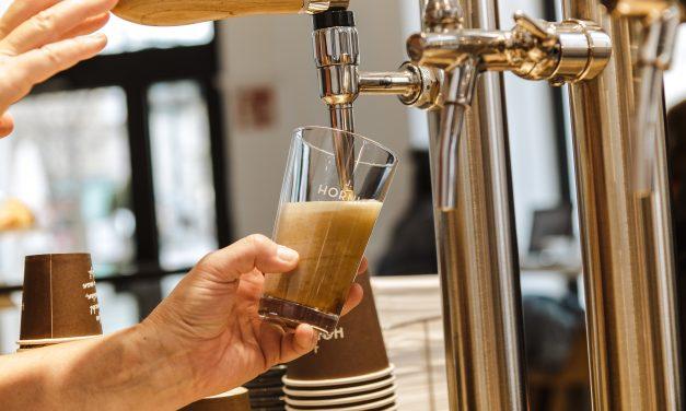 Kaffee aus dem Zapfhahn von J.Hornig