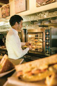Saro Gastro-Products - Neue Heißluftöfen für den Profibedarf im Bistro