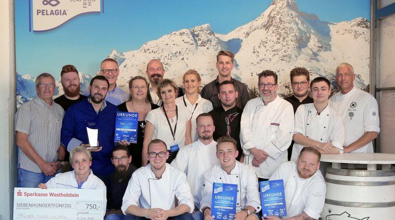 Finale der Friesenkrone Matjesmeisterschaft - die Siegerteams und die Jury