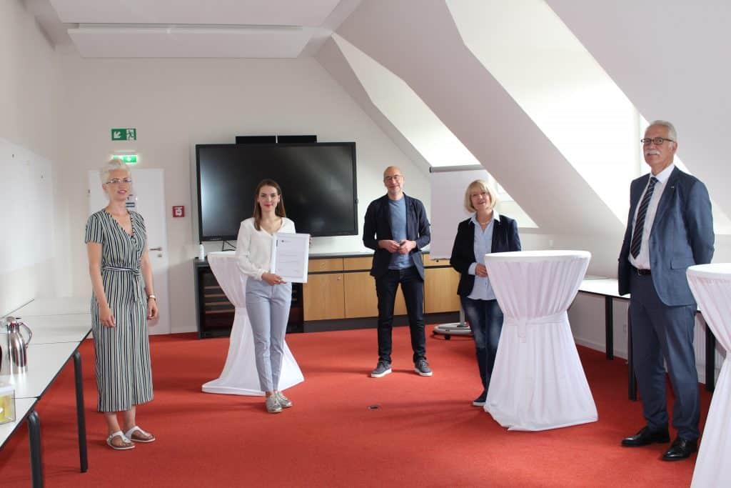 Gewinnerin des Herbert-Rütten-Stipendiums
