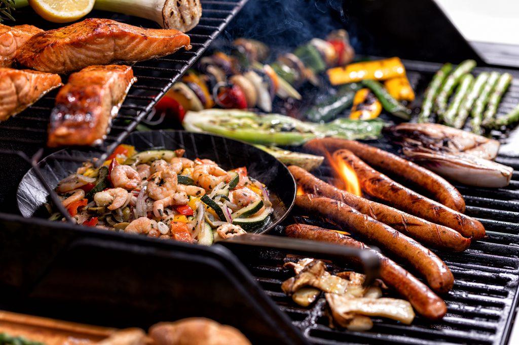 Steak und Würstchen auf dem Grill – das kann jeder: Friesenkrone macht sich stark für mehr Fisch auf dem Rost.
